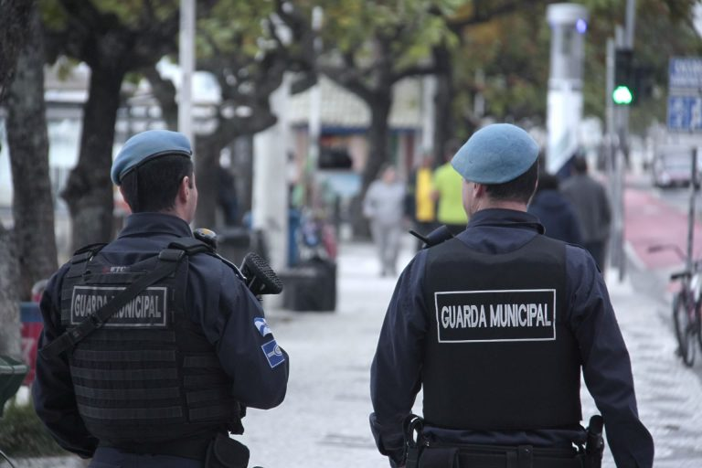 Guarda Municipal de BC é flagrado portando pistola de serviço em Rio Negrinho