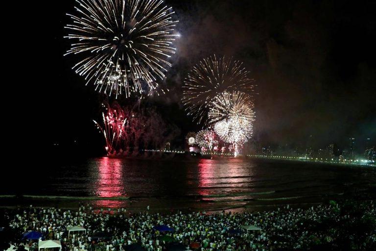 Réveillon 2020: o que pode e o que não pode na Praia Central na virada de ano